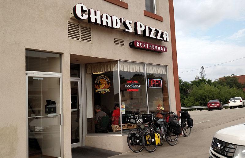 Chad's Pizza, Dyersville IA
