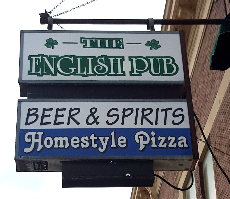 The English Pub, Dyersville IA