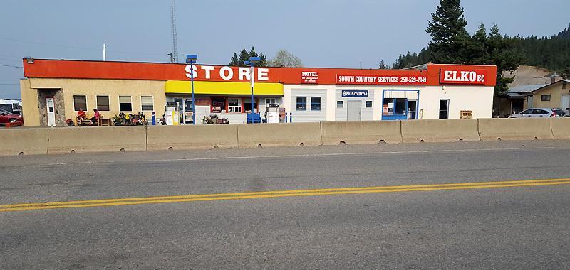 C-store in Elko