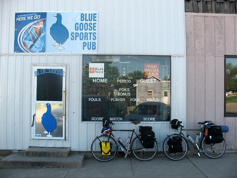 Blue Goose Sports Pub, Onida SD