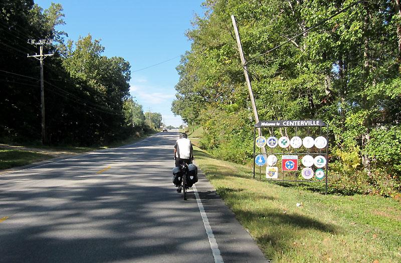 Nearing Centerville TN