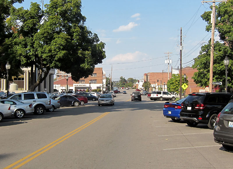 Approaching downtown Henderson KY